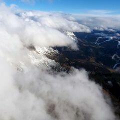 Flugwegposition um 13:30:21: Aufgenommen in der Nähe von Gemeinde Maria Alm am Steinernen Meer, 5761, Österreich in 3332 Meter