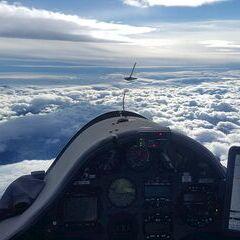 Flugwegposition um 12:17:01: Aufgenommen in der Nähe von Gemeinde Gutenstein, Österreich in 4545 Meter