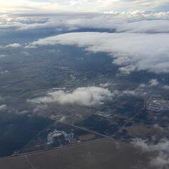 Flugwegposition um 12:48:43: Aufgenommen in der Nähe von Wiener Neustadt, Österreich in 1449 Meter