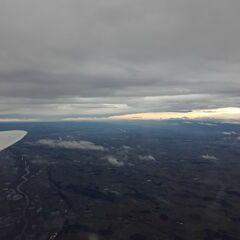 Flugwegposition um 14:16:44: Aufgenommen in der Nähe von Gemeinde Thalheim bei Wels, 4600 Thalheim bei Wels, Österreich in 4107 Meter