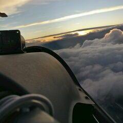 Verortung via Georeferenzierung der Kamera: Aufgenommen in der Nähe von Gemeinde Hohe Wand, Österreich in 1600 Meter