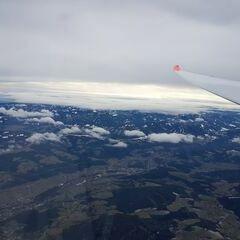 Flugwegposition um 10:40:45: Aufgenommen in der Nähe von Gemeinde Ternitz, Österreich in 3540 Meter