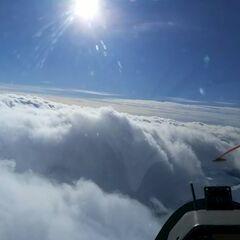 Flugwegposition um 10:42:06: Aufgenommen in der Nähe von Gemeinde Navis, Navis, Österreich in 3682 Meter
