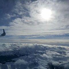 Flugwegposition um 11:37:07: Aufgenommen in der Nähe von Gemeinde Kolsassberg, Österreich in 4402 Meter