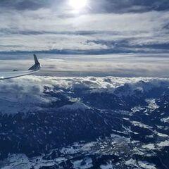Flugwegposition um 11:47:22: Aufgenommen in der Nähe von Gemeinde Thaur, Thaur, Österreich in 4168 Meter