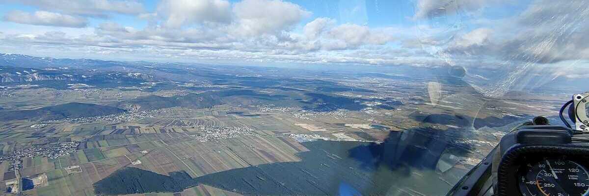 Flugwegposition um 12:24:55: Aufgenommen in der Nähe von Wiener Neustadt, Österreich in 1771 Meter