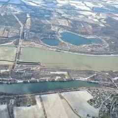Flugwegposition um 11:29:58: Aufgenommen in der Nähe von Gemeinde Luftenberg an der Donau, Österreich in 1254 Meter