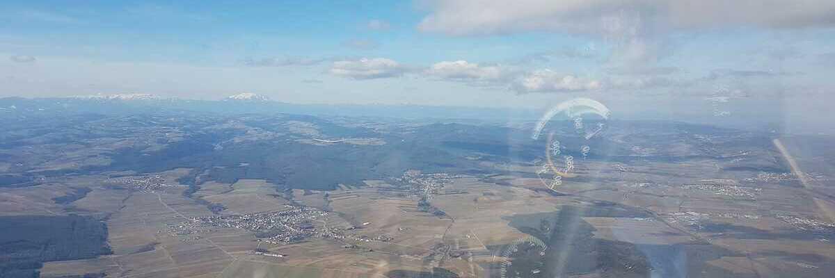 Flugwegposition um 12:10:35: Aufgenommen in der Nähe von Gemeinde Steinberg-Dörfl, Österreich in 1374 Meter