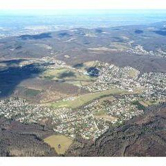 Flugwegposition um 11:00:20: Aufgenommen in der Nähe von Gemeinde Purkersdorf, Purkersdorf, Österreich in 1243 Meter
