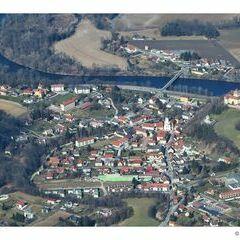 Flugwegposition um 11:47:11: Aufgenommen in der Nähe von Spielfeld, Österreich in 1445 Meter
