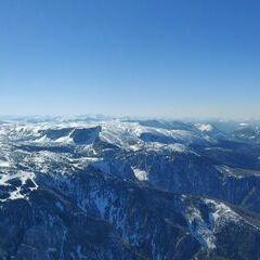 Flugwegposition um 12:58:44: Aufgenommen in der Nähe von Gemeinde Reichenau an der Rax, Österreich in 2025 Meter