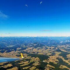 Flugwegposition um 10:59:56: Aufgenommen in der Nähe von Gutenberg-Stenzengreith, Österreich in 2116 Meter