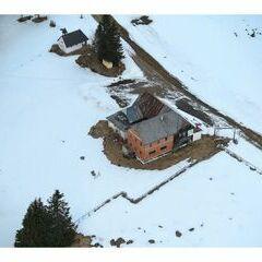 Flugwegposition um 12:40:28: Aufgenommen in der Nähe von Gemeinde Stanz im Mürztal, Österreich in 1721 Meter