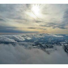 Flugwegposition um 14:35:39: Aufgenommen in der Nähe von Gemeinde Schwarzau im Gebirge, Österreich in 2723 Meter