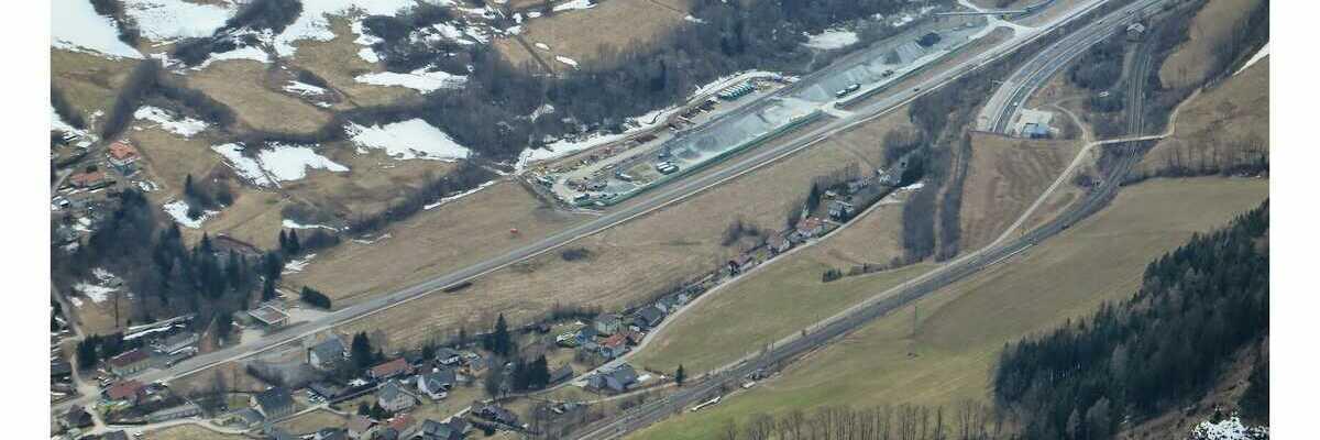 Flugwegposition um 12:04:38: Aufgenommen in der Nähe von Gemeinde Spital am Semmering, Österreich in 1790 Meter