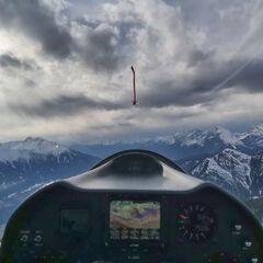 Flugwegposition um 15:22:05: Aufgenommen in der Nähe von Gemeinde Zirl, Zirl, Österreich in 2357 Meter