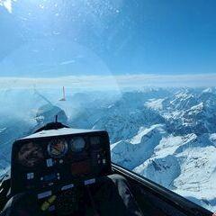 Flugwegposition um 14:19:37: Aufgenommen in der Nähe von Gemeinde Stans, Österreich in 3145 Meter