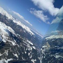 Flugwegposition um 13:30:42: Aufgenommen in der Nähe von Gemeinde Steinfeld, Steinfeld, Österreich in 2781 Meter