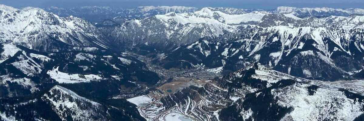 Flugwegposition um 10:30:18: Aufgenommen in der Nähe von Gai, 8793, Österreich in 2063 Meter