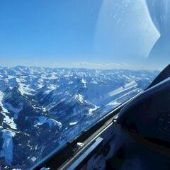 Flugwegposition um 14:15:43: Aufgenommen in der Nähe von Gemeinde Aigen im Ennstal, Österreich in 2380 Meter