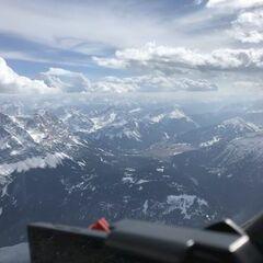 Flugwegposition um 14:11:38: Aufgenommen in der Nähe von Garmisch-Partenkirchen, Deutschland in 3232 Meter
