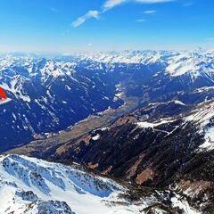 Flugwegposition um 11:41:33: Aufgenommen in der Nähe von Gemeinde Deutsch-Griffen, Österreich in 2079 Meter