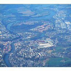 Flugwegposition um 15:13:56: Aufgenommen in der Nähe von Marktgemeinde Garsten, Österreich in 2842 Meter