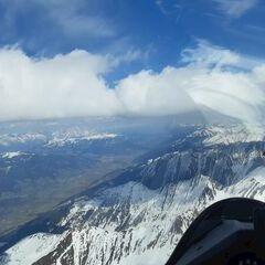 Flugwegposition um 13:21:31: Aufgenommen in der Nähe von Gemeinde Uttendorf, Österreich in 3245 Meter