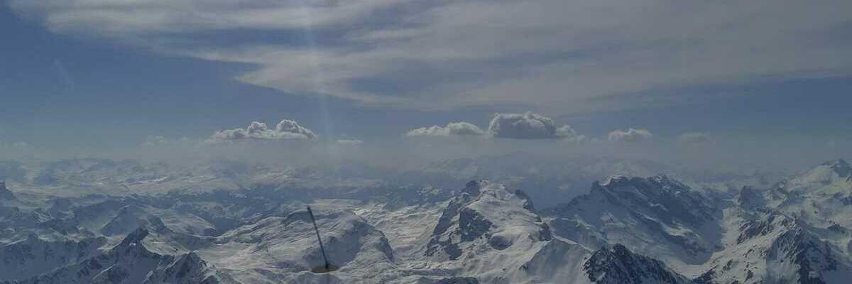 Flugwegposition um 13:36:15: Aufgenommen in der Nähe von Gemeinde St. Gallenkirch, Österreich in 3099 Meter
