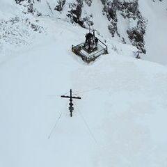 Flugwegposition um 11:22:30: Aufgenommen in der Nähe von Gemeinde Gallizien, Österreich in 2356 Meter