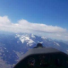 Flugwegposition um 12:55:22: Aufgenommen in der Nähe von Gemeinde St. Johann in Tirol, St. Johann in Tirol, Österreich in 2404 Meter