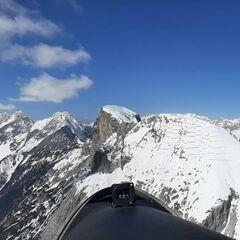 Flugwegposition um 11:05:55: Aufgenommen in der Nähe von Gemeinde Telfs, Telfs, Österreich in 2554 Meter