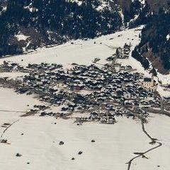 Flugwegposition um 10:40:03: Aufgenommen in der Nähe von Gemeinde Untertilliach, Österreich in 2656 Meter