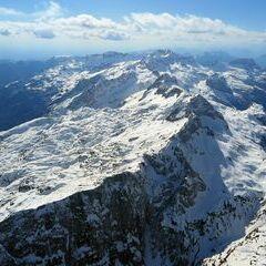Flugwegposition um 13:40:41: Aufgenommen in der Nähe von Gemeinde Bovec, Slowenien in 3027 Meter