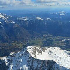 Flugwegposition um 13:40:50: Aufgenommen in der Nähe von Gemeinde Bovec, Slowenien in 3027 Meter