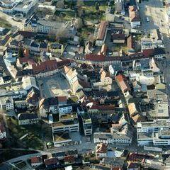 Flugwegposition um 15:47:16: Aufgenommen in der Nähe von Feldkirchen in Kärnten, Österreich in 1155 Meter