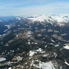 Flugwegposition um 11:38:09: Aufgenommen in der Nähe von Gemeinde Gnesau, Gnesau, Österreich in 2686 Meter