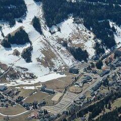 Flugwegposition um 11:51:45: Aufgenommen in der Nähe von Gemeinde Bad Kleinkirchheim, 9546, Österreich in 2715 Meter