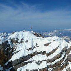 Flugwegposition um 13:00:10: Aufgenommen in der Nähe von Gemeinde Gosau, Österreich in 3023 Meter