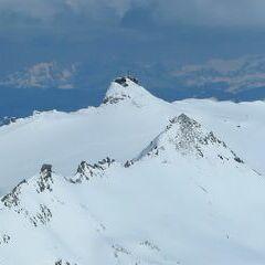 Flugwegposition um 10:59:53: Aufgenommen in der Nähe von Gemeinde Heiligenblut, 9844, Österreich in 3222 Meter