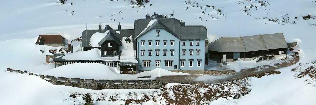 Flugwegposition um 08:09:38: Aufgenommen in der Nähe von Gemeinde Reichenau an der Rax, Österreich in 1802 Meter