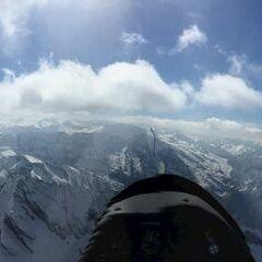 Flugwegposition um 13:48:31: Aufgenommen in der Nähe von Gemeinde Uttendorf, Österreich in 3114 Meter