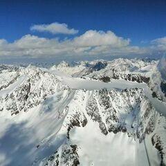 Flugwegposition um 15:39:18: Aufgenommen in der Nähe von Gemeinde Kaunertal, Österreich in 3519 Meter