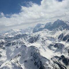 Verortung via Georeferenzierung der Kamera: Aufgenommen in der Nähe von 39023 Laas, Südtirol, Italien in 3700 Meter