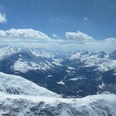 Verortung via Georeferenzierung der Kamera: Aufgenommen in der Nähe von Maloja, Schweiz in 3286 Meter