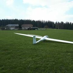 Flugwegposition um 14:34:33: Aufgenommen in der Nähe von Gemeinde Vorderweißenbach, Vorderweißenbach, Österreich in 787 Meter