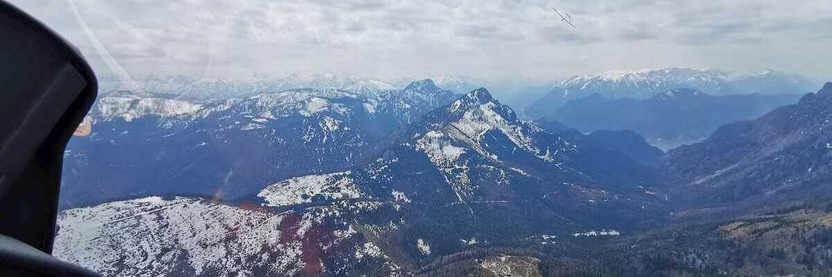 Verortung via Georeferenzierung der Kamera: Aufgenommen in der Nähe von Stadtgemeinde Gmunden, 4810 Gmunden, Österreich in 1600 Meter