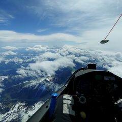 Verortung via Georeferenzierung der Kamera: Aufgenommen in der Nähe von Hopfgarten im Brixental, Österreich in 6000 Meter