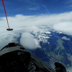 Verortung via Georeferenzierung der Kamera: Aufgenommen in der Nähe von Gemeinde Aldrans, Österreich in 7000 Meter