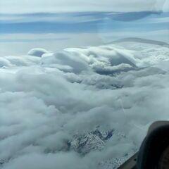 Flugwegposition um 13:54:22: Aufgenommen in der Nähe von Gemeinde Jochberg, 6373 Jochberg, Österreich in 5588 Meter